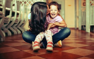 10 знаци дека вие сте им омилената тетка на вашите внуци