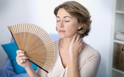 Како да ги ублажите неподносливите симптоми на менопаузата?
