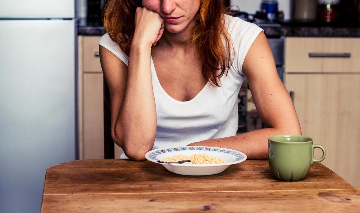 Науката открива: Зошто губите апетит кога ви е скршено срцето?