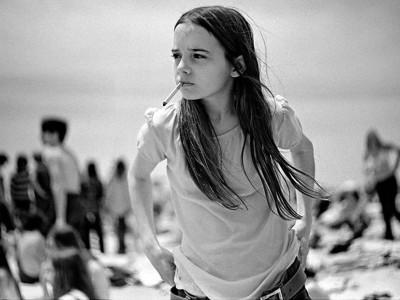 Професор од 70-тите им направил прекрасни интимни портрети на неговите бунтовни средношколци