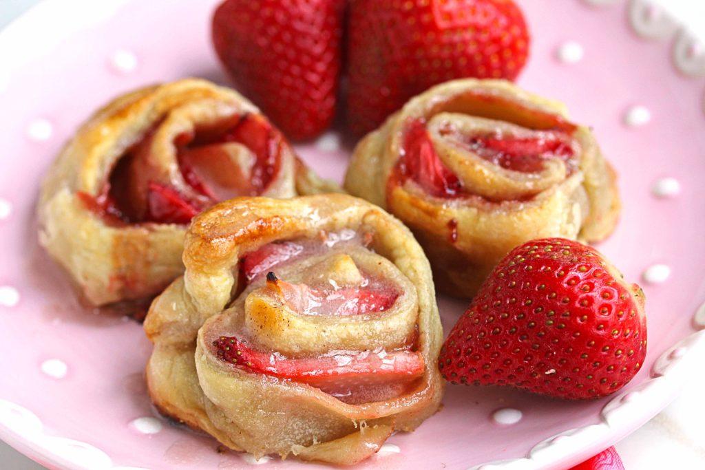 4-brzo-i-vkusno-odlichni-deserti-so-jagodi-www.kafepauza.mk_