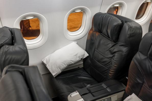 Стјуардесите откриваат: 10 тајни за кои патниците немаат поим