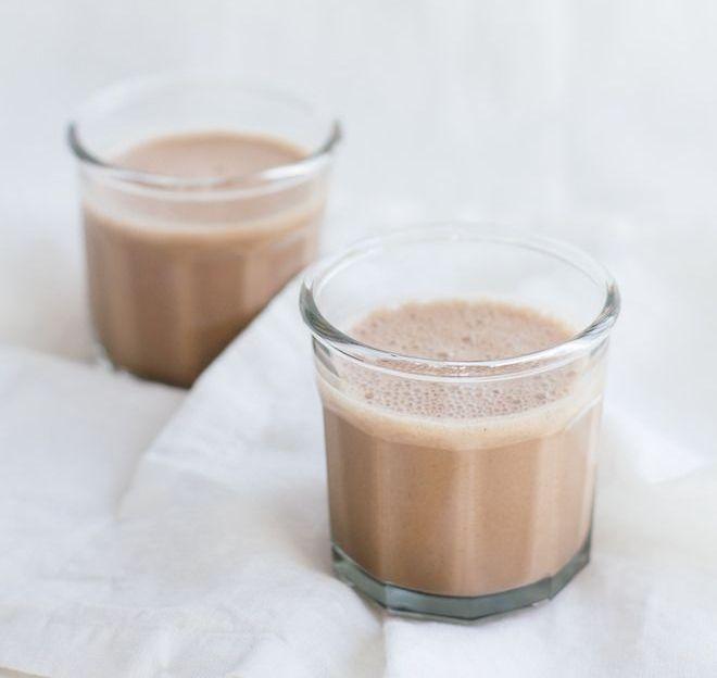 Смуди со кафе и какао за подобро расположение