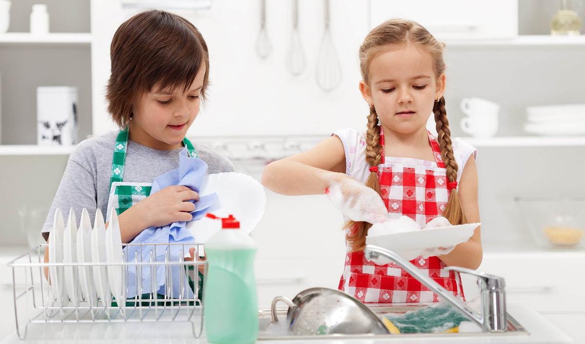 6 причини зошто треба да им давате домашни обврски на вашите деца