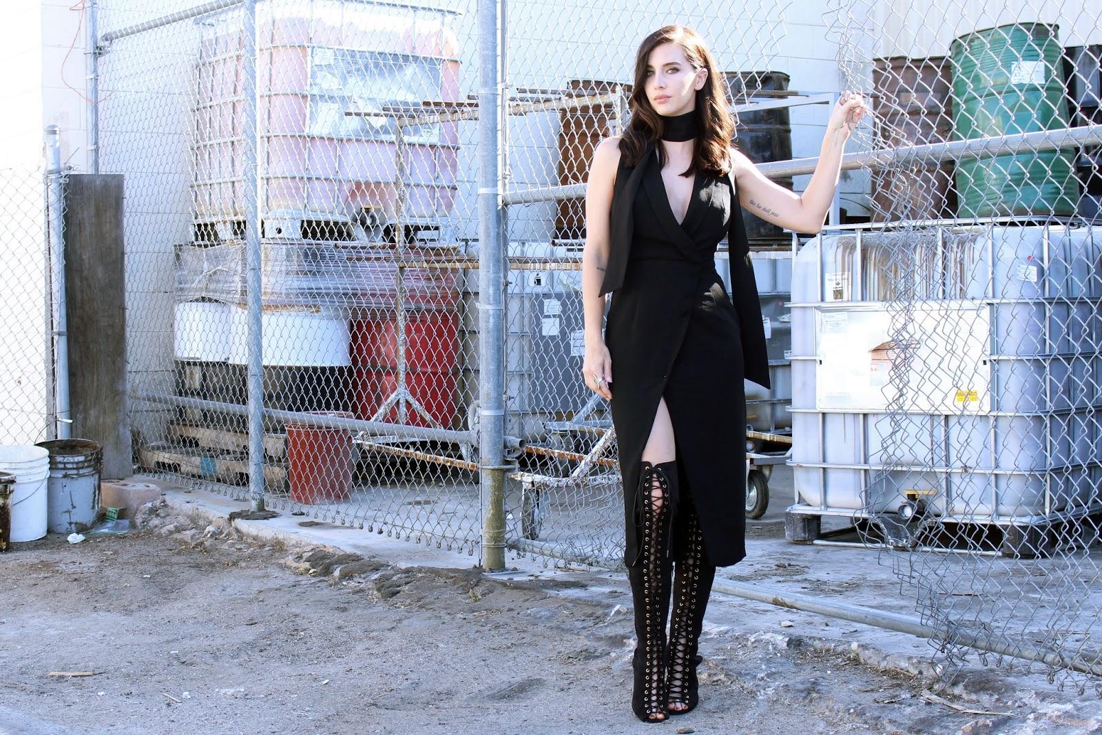 1-modna-letna-inspiracija-kako-da-go-nosite-fustanot-na-preklop-www.kafepauza.mk_