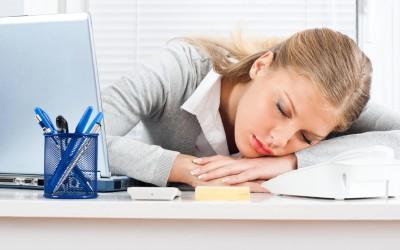 Соопштение до сите шефови: Зошто треба да им дозволувате на жените да дремнуваат на работа?