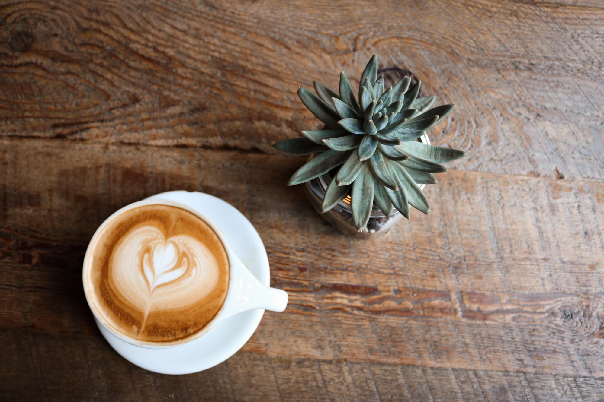 1-vi-otkrivame-kako-utrinskoto-kafe-da-go-napravite-pozdrava-opcija-www.kafepauza.mk_