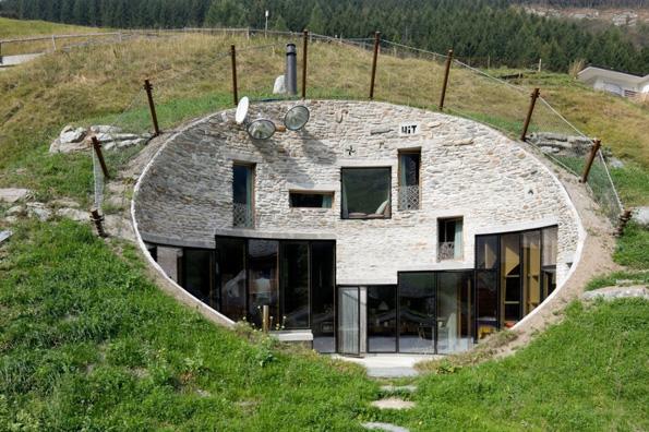 10 неверојатни куќи скриени од окото на јавноста