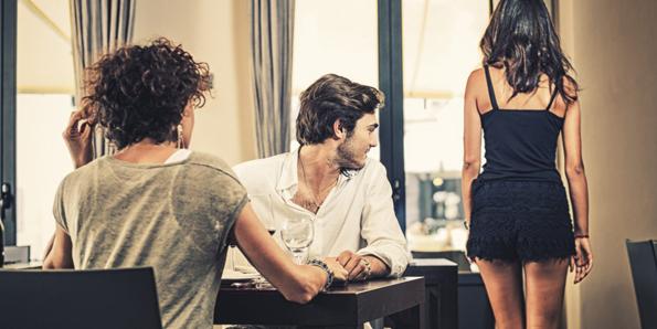 Драги девојки: За да имате здрава љубовна врска, не треба да се претставувате како сексуални објекти