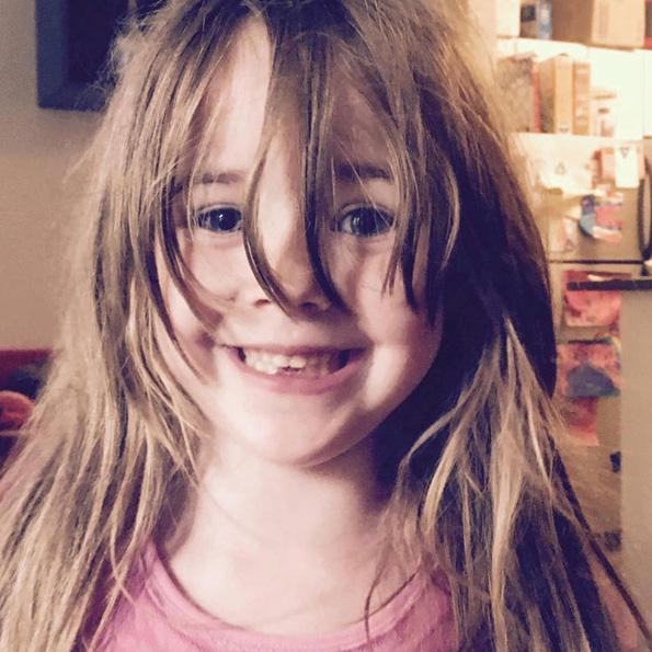 Вирален хит: Мајка напишала писмо за ќерка ѝ со листа на работи што НЕ ТРЕБА да ги прави