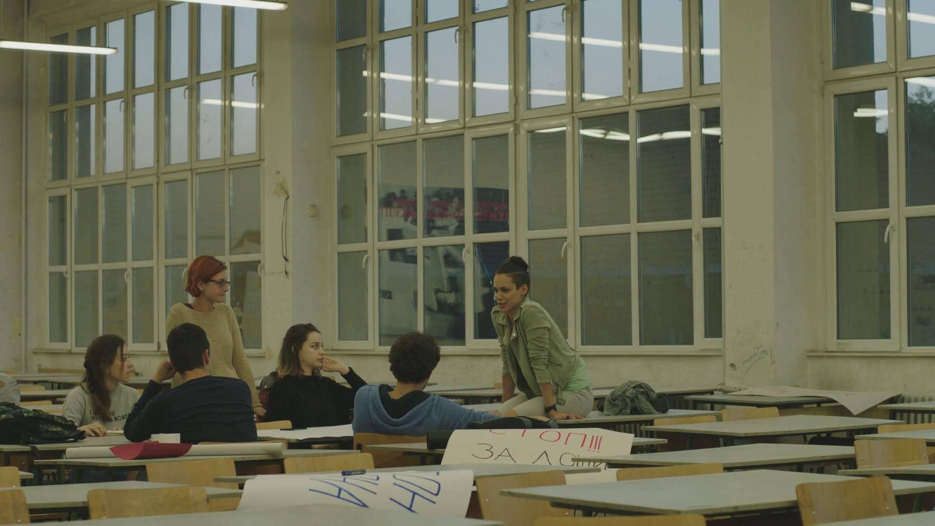 (6) tv-serija-familijata-markovski-www.kafepauza.mk