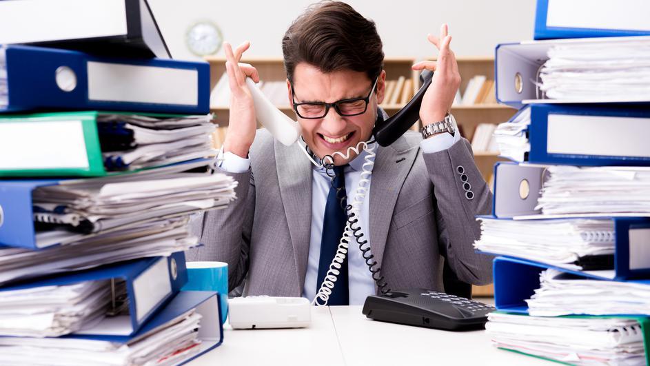 1-menuvanje-na-upatstvata-organizacijata-i-pravilata-na-rabotnoto-mesto-vodi-kon-stres-www.kafepauza.mk_