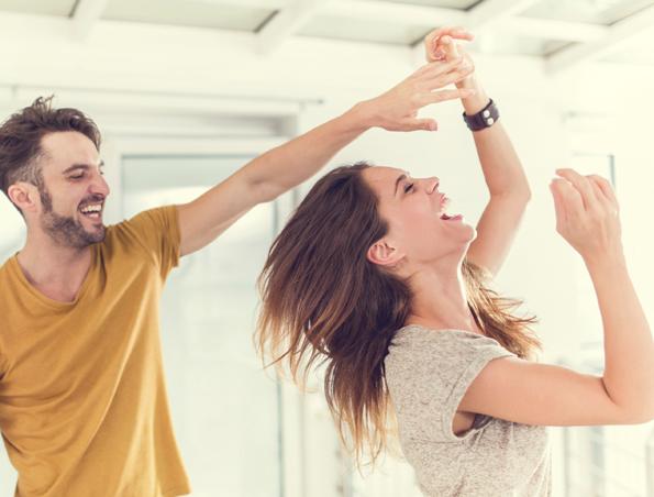 30 мали знаци на внимание со кои ќе го зацврстите вашиот брак овој месец