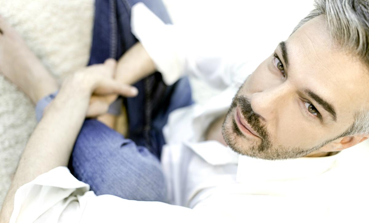 Модниот свет на Алек Наумовски: Стилот на младите влече корени од домашното воспитување