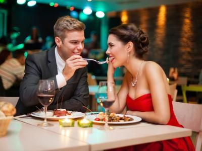 12 момци ги откриваат најромантичните љубовни состаноци што некогаш ги испланирале