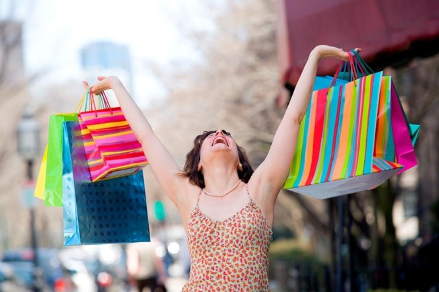 1-vreme-e-za-modno-patuvanje-top-10-najdobri-gradovi-za-shoping-www.kafepauza.mk_