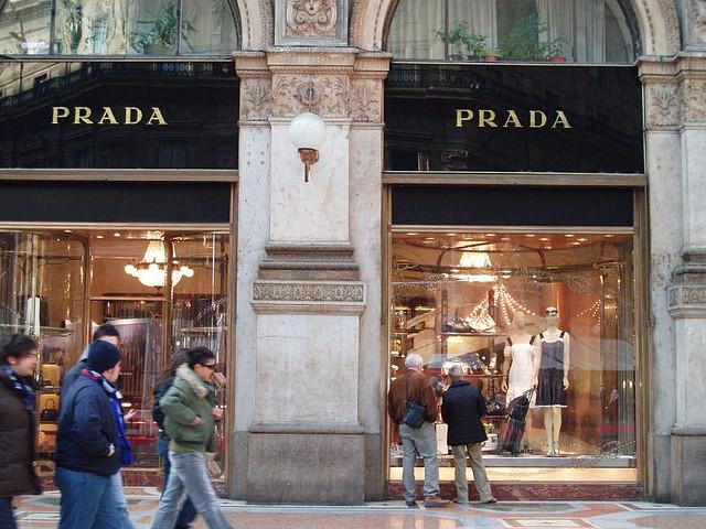 2-vreme-e-za-modno-patuvanje-top-10-najdobri-gradovi-za-shoping-www.kafepauza.mk_