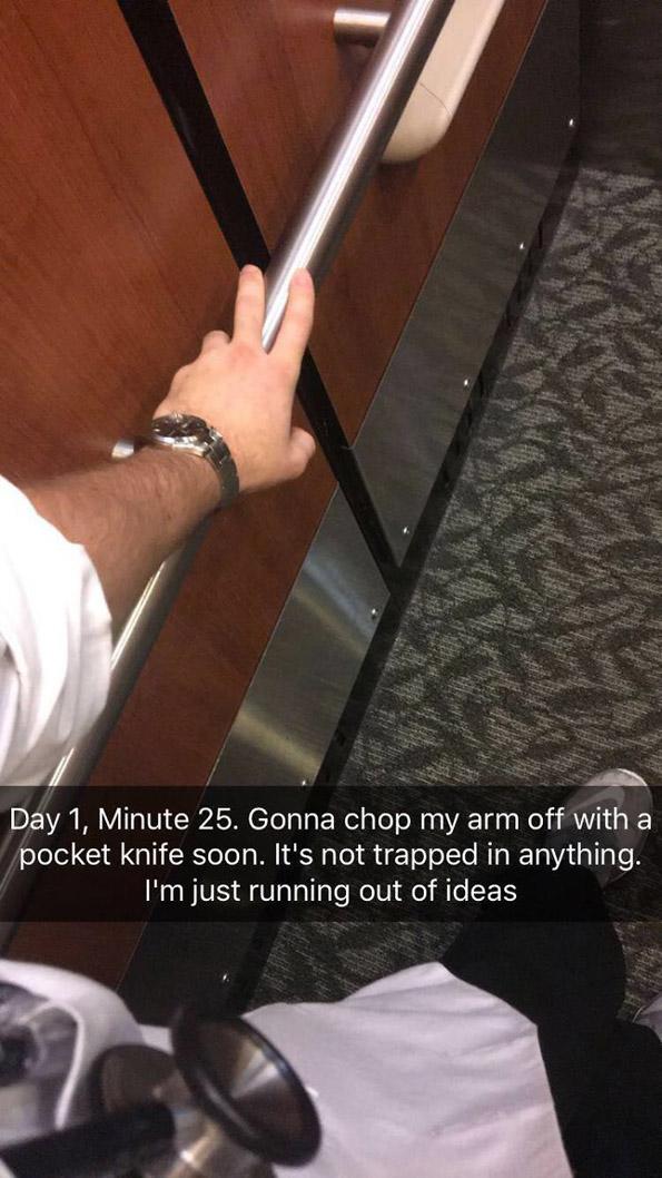 Студент по медицина се заглавил во лифт и докажал дека докторите имаат одлична смисла за хумор