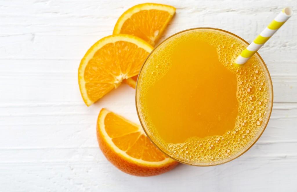 1-kako-od-1-kilogram-portokali-da-napravite-10-litri-sok-www.kafepauza.mk_