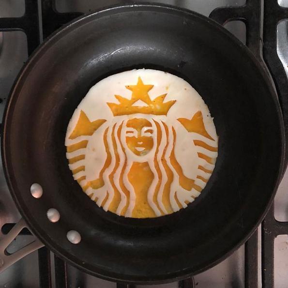 Појадок на ниво: Пржени јајца претворени во вистински уметнички дела!