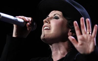 10-те најдобри песни од The Cranberries во чест на извонредната Долорес О'Риордан