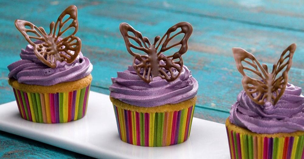 1-7-chokoladni-dekoracii-za-koi-nema-da-znaete-dali-se-poubavi-ili-povkusni-www.kafepauza.mk_