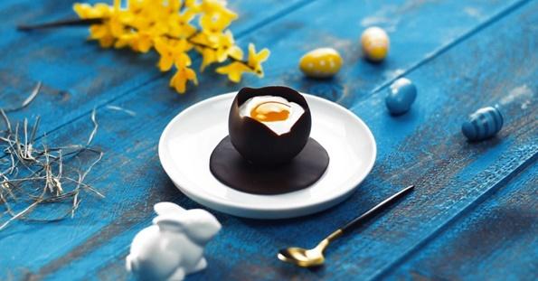 4-7-chokoladni-dekoracii-za-koi-nema-da-znaete-dali-se-poubavi-ili-povkusni-www.kafepauza.mk_