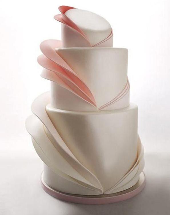Уникатни невестински торти со неверојатни набори од шеќерна глазура!