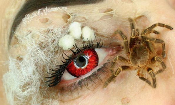 Ќе останете без зборови: Шминкерка користи вистински инсекти во нејзината мејкап рутина!