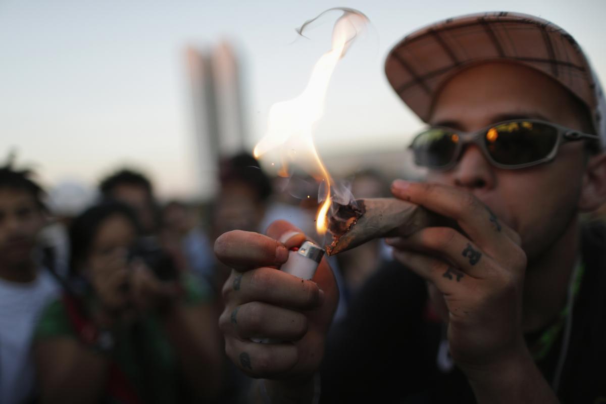 Поврзаноста помеѓу уметноста и дрогата