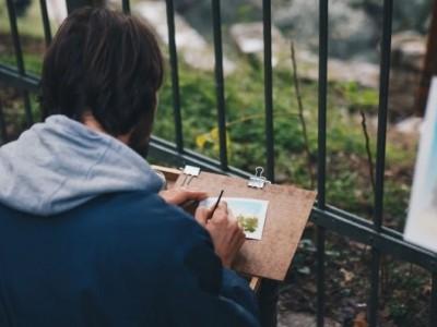 10 прашања што треба да си ги поставите ако сакате да го претворите креативното хоби во кариера