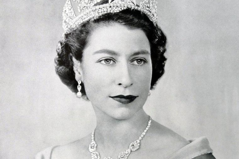 Зошто кралицата Елизабета го мрази своето крунисување?