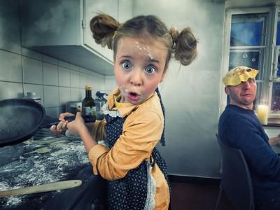 Погледнете какви неверојатни фото-манипулации прави овој татко со неговите деца