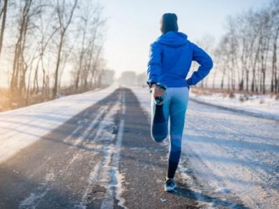 Како правилно да трчате надвор во зимските месеци?