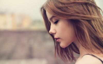 10 причини зошто интровертите молчат понекогаш