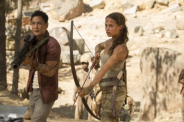 (2) film-tomb-rajder-tomb-raider-www.kafepauza.mk