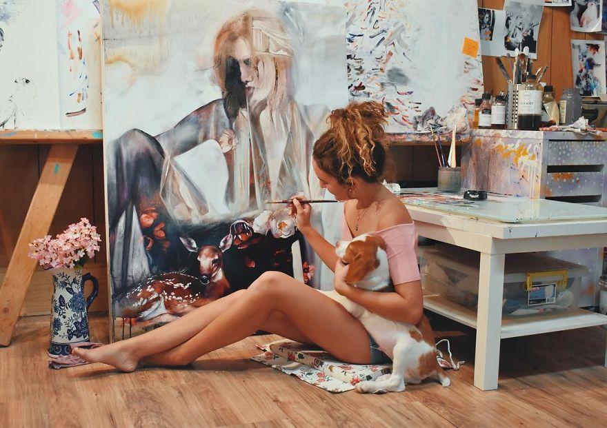 (8) 18-godishna-umetnica-go-voodushevuva-svetot-so-svoite-remek-dela-i-uspeva-da-gi-prodade-za-10-iljadi-dolari-www.kafepauza.mk