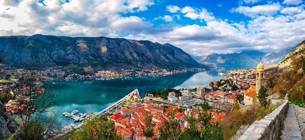 Пет шармантни градови во регионот кои вреди да ги посетите оваа пролет