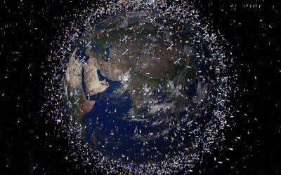 Што сè орбитира околу Земјата во моментов?