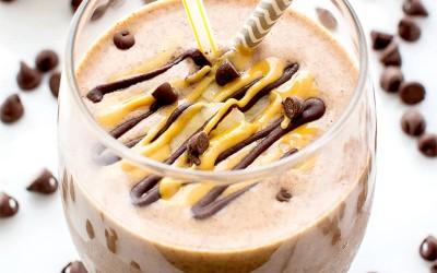 Кокосово кафе со само 3 состојки – совршено за велигденските пости!