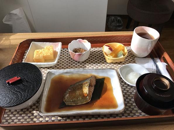 Нема да верувате какви јадења една јапонска болница ѝ послужила на оваа трудница
