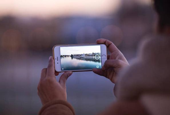 За сите Инстаграмџии: науката вели дека споделувањето една фотографија дневно, е добро за вашето здравје