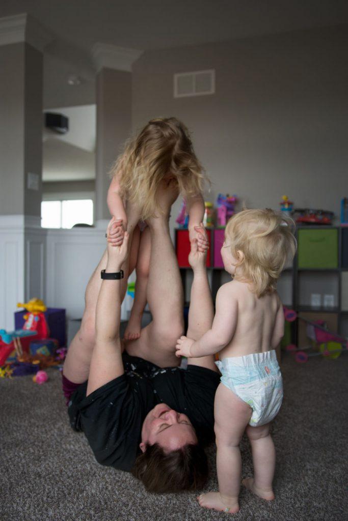 22 искрени фотографии кои покажуваат како изгледа мајчинството