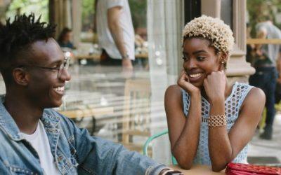 3 знаци дека не се чувствувате удобно околу вашиот партнер