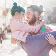 8-те фази низ кои ќе поминете пред да сфатите дека сте со вистинскиот