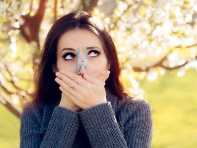 Како да се шминкате во сезоната на алергии?