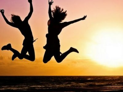 Како да се опкружите со добри пријатели и помалку непријатели?