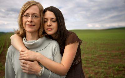 Ќерките на мајки кои работат имаат голема предност понатаму во кариерата