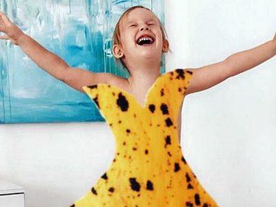 Ова слатко 4-годишно девојче облечено во фустани од храна, ќе ви го направи денот!