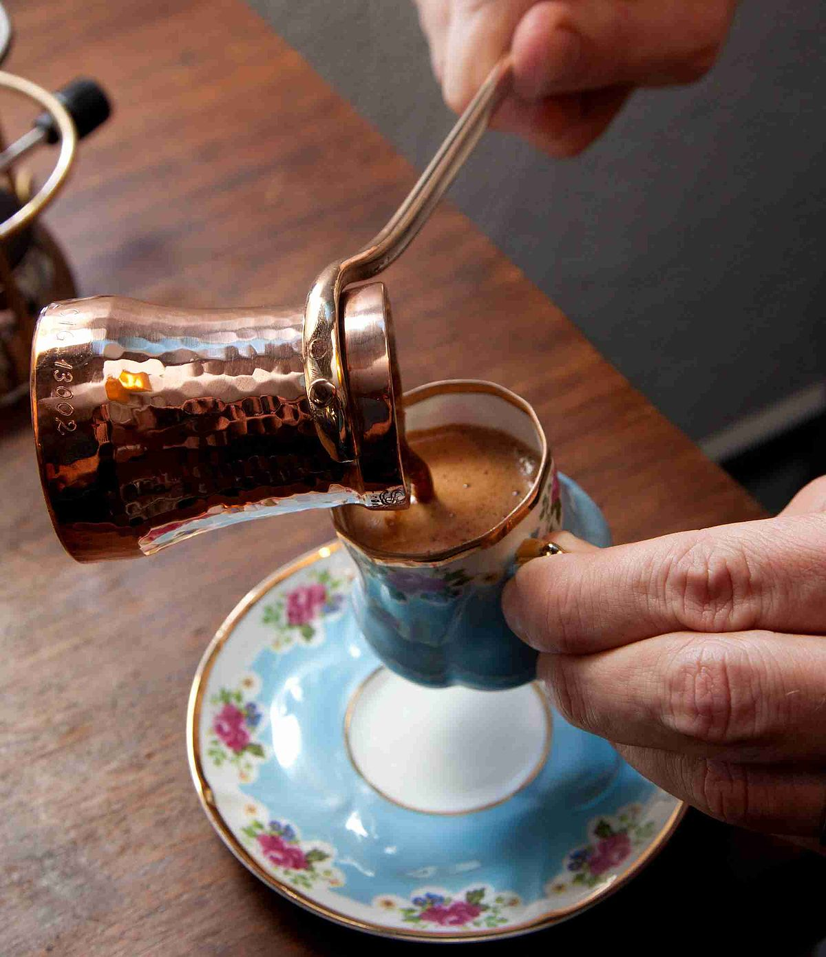 """Дали знаете """"вистински"""" да пиете кафе?"""